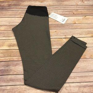 lululemon athletica Pants - Lululemon Wunder Under Pant in Black Mojave Tan, 4